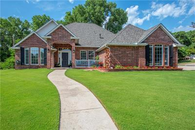 Edmond Single Family Home For Sale: 4013 Berkshire Drive