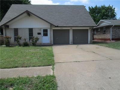 Del City Single Family Home For Sale: 3924 14th Place