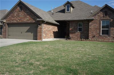 Midwest City Single Family Home For Sale: 10814 Garrett Cole Drive