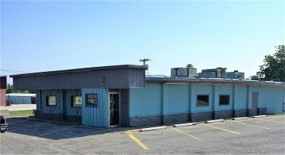 Commercial For Sale: 703 N 8th Avenue