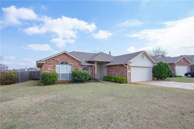 Norman Single Family Home For Sale: 2820 Creekview Place