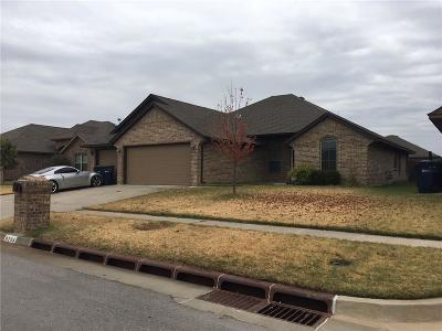 Moore Single Family Home For Sale: 9204 Lolly Lane