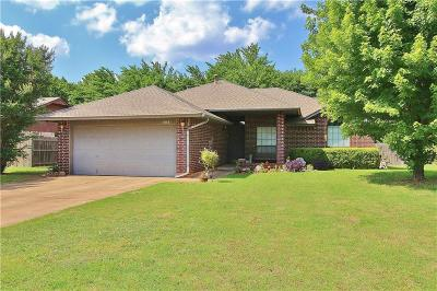 Noble Single Family Home For Sale: 505 Rolling Meadow