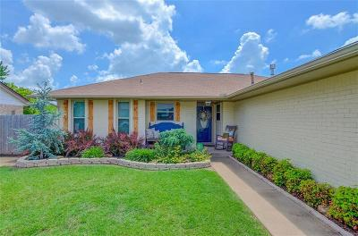 Moore OK Single Family Home For Sale: $165,000