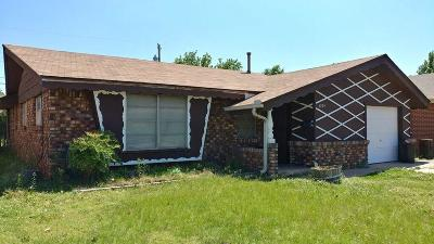 Oklahoma City Single Family Home For Sale: 2724 55th