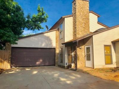 Oklahoma City Condo/Townhouse For Sale: 920 NW 115th Court