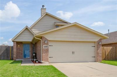 Moore OK Single Family Home For Sale: $132,000
