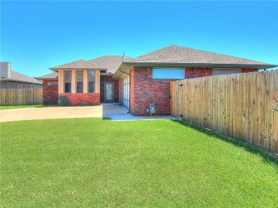 Moore OK Single Family Home For Sale: $195,499