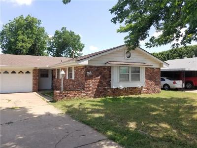 Single Family Home Sold: 1005 SW 70th