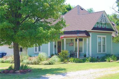 Tecumseh Single Family Home For Sale: 110 E Main