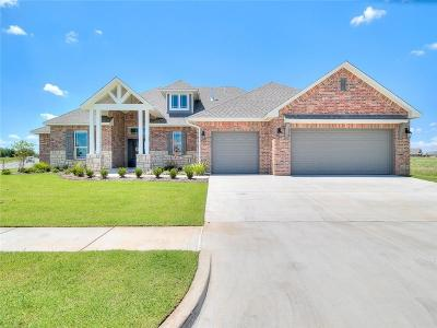 Yukon Single Family Home For Sale: 9501 Morgan Crossing Drive