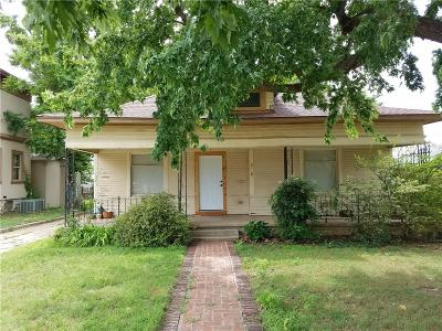 Single Family Home For Sale: 906 S Barker