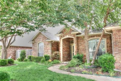 Oklahoma City Single Family Home For Sale: 10701 Shoreside Drive