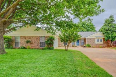 Norman Single Family Home For Sale: 3836 Cedarbrook Drive