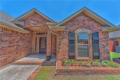 Midwest City Single Family Home For Sale: 536 Blue Sky Drive