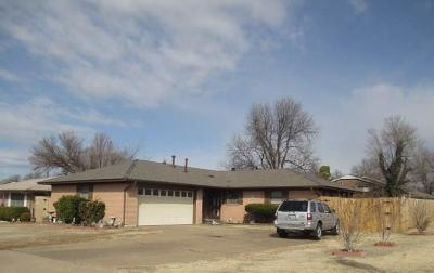 Midwest City Single Family Home For Sale: 141 E Jarman