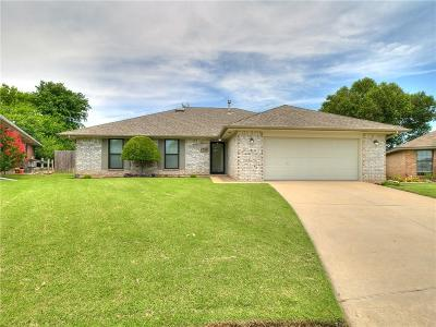Norman Single Family Home For Sale: 1724 Oriole Court
