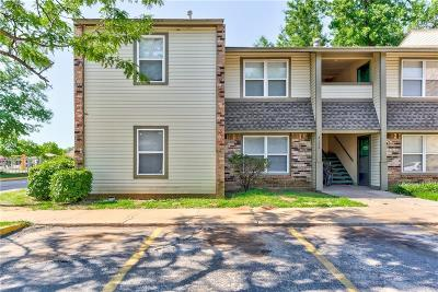 Norman Condo/Townhouse For Sale: 2172 W Brooks Street #B