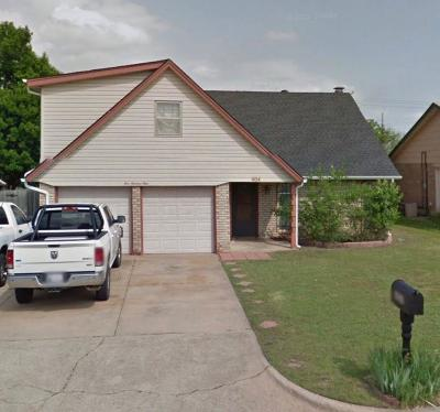 Moore Single Family Home For Sale: 404 S Morgan Drive
