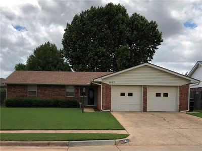 Moore Single Family Home For Sale: 1417 N Lincoln