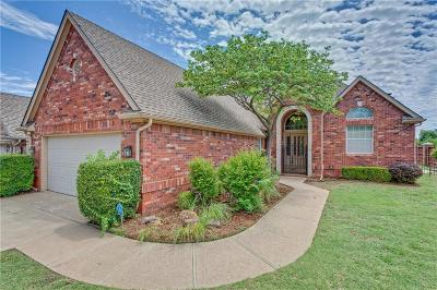 Norman Single Family Home For Sale: 101 Olde Brook Court