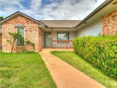 Moore Single Family Home For Sale: 9209 S Bryant Terrace