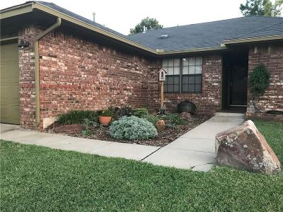 Midwest City Single Family Home For Sale: 9836 Railroad