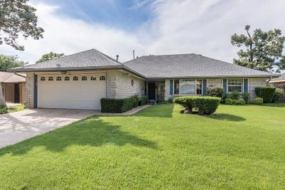 Bethany Single Family Home For Sale: 7805 NW 28th