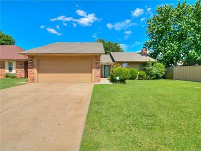 Oklahoma City OK Single Family Home For Sale: $145,500