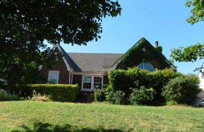 Oklahoma City Single Family Home For Sale: 600 NW 36th Terrace