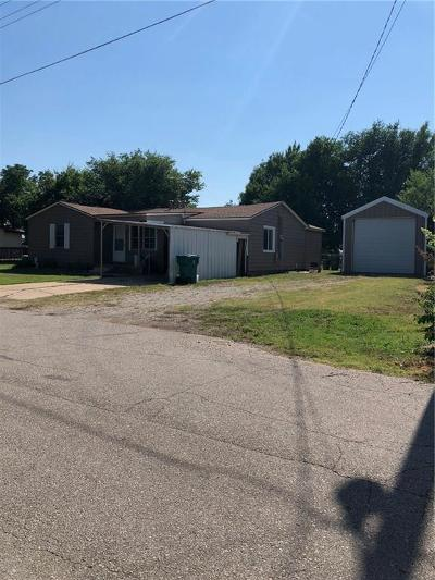 Oklahoma City Single Family Home For Sale: 5805 S Coleman Drive