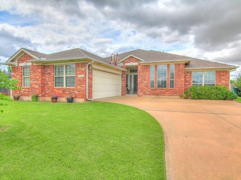 Brilliant 3 Bed 2 Bath Home In Edmond For 229 000 Home Interior And Landscaping Ologienasavecom