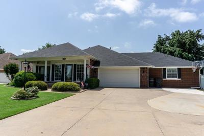 Moore Single Family Home For Sale