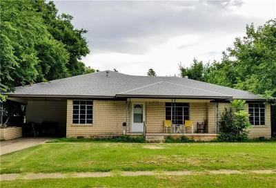 Lindsay Single Family Home For Sale: 503 SE 2nd Street