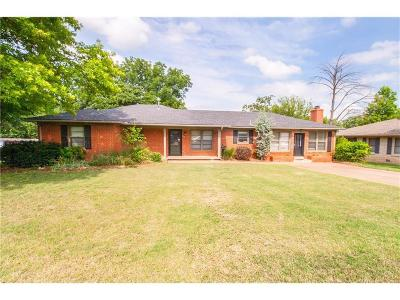 Guthrie Single Family Home For Sale: 711 Hamill Lane