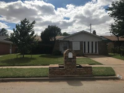 Altus OK Single Family Home For Sale: $67,500