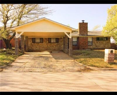 Warr Acres Single Family Home For Sale: 5920 NW 62nd Street