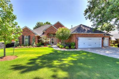 Norman Single Family Home For Sale: 3404 Riverwalk Dr.