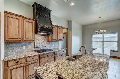 Single Family Home For Sale: 15404 Daybright Drive