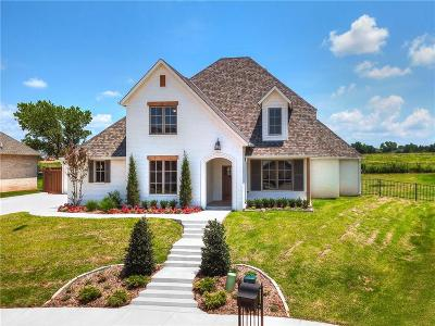 Edmond Single Family Home For Sale: 3108 Hillside Drive