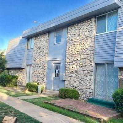 Oklahoma City Condo/Townhouse For Sale: 6024 NW Expressway #D