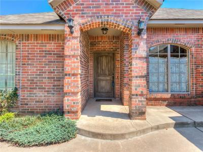 Edmond Single Family Home For Sale: 1043 Hidden Oaks Way