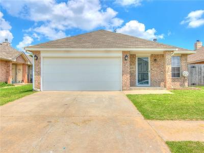 Moore Single Family Home For Sale: 1105 SW 25th Street