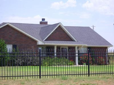 Beckham County Single Family Home For Sale: 11340 1920 Rd