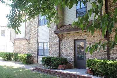 Norman Condo/Townhouse Pending: 401 SE 12th Avenue #217