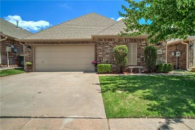 Edmond Single Family Home For Sale: 104 S Ridge Pointe Drive