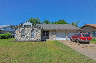 McLoud Single Family Home For Sale: 143 Folsom Dr