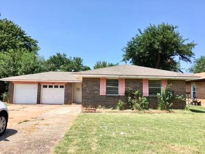 Bethany Single Family Home For Sale: 8309 NW 34th Street