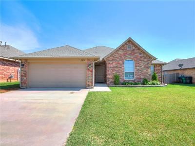 Moore Single Family Home For Sale: 2508 SE 93rd