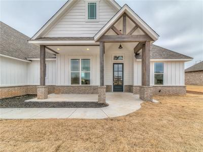Shawnee Single Family Home For Sale: 11683 Carefree